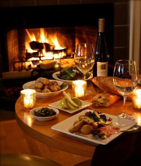 cena romantica a lume di candela per sedurre una ragazza
